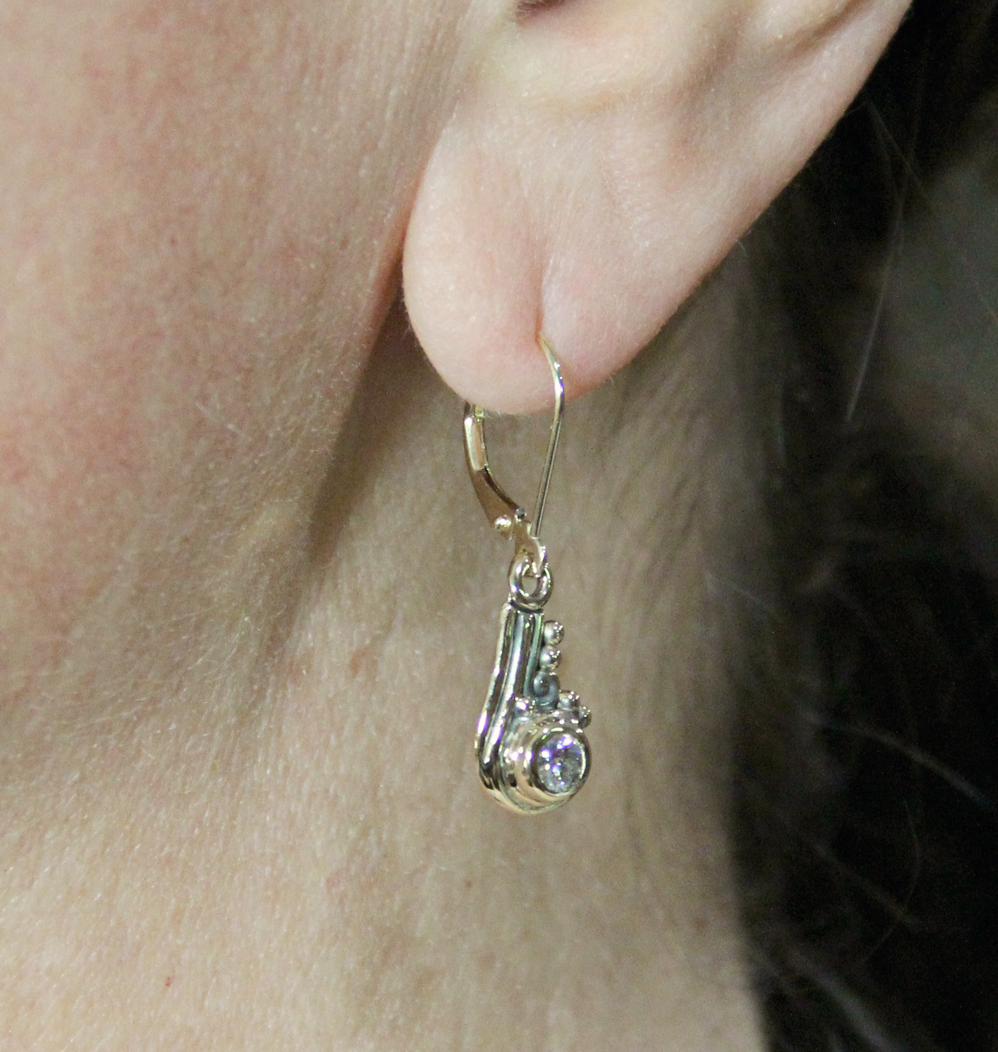 forever brilliant pin moissanite lab carat t w earrings created gold stud